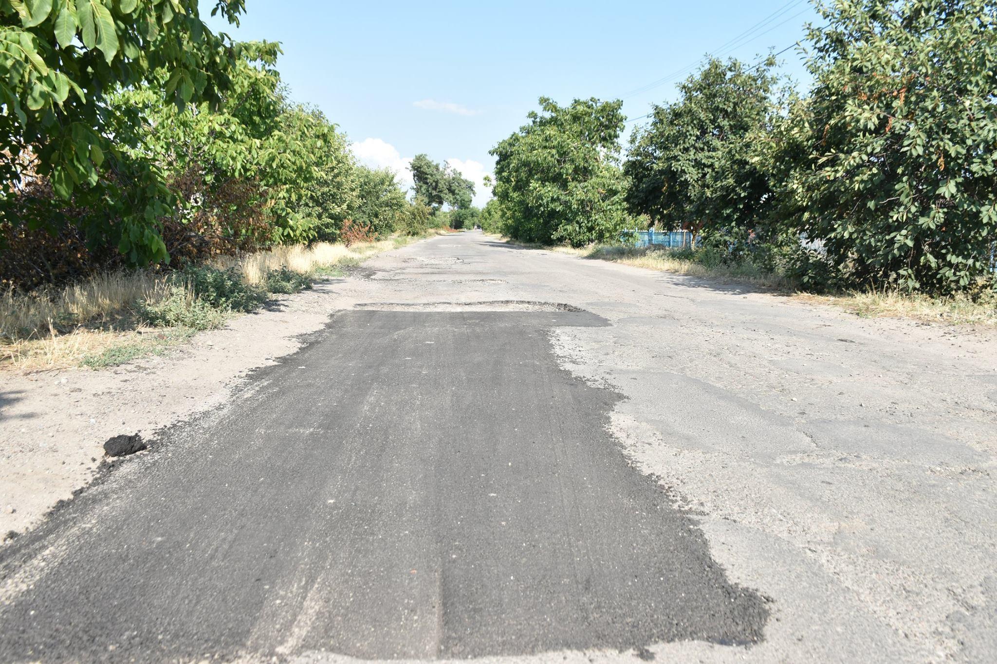 В Кизомысе ремонтируют 5 км дороги